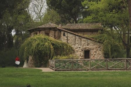 casa_de_la_vieja_en_el_capricho_madrid